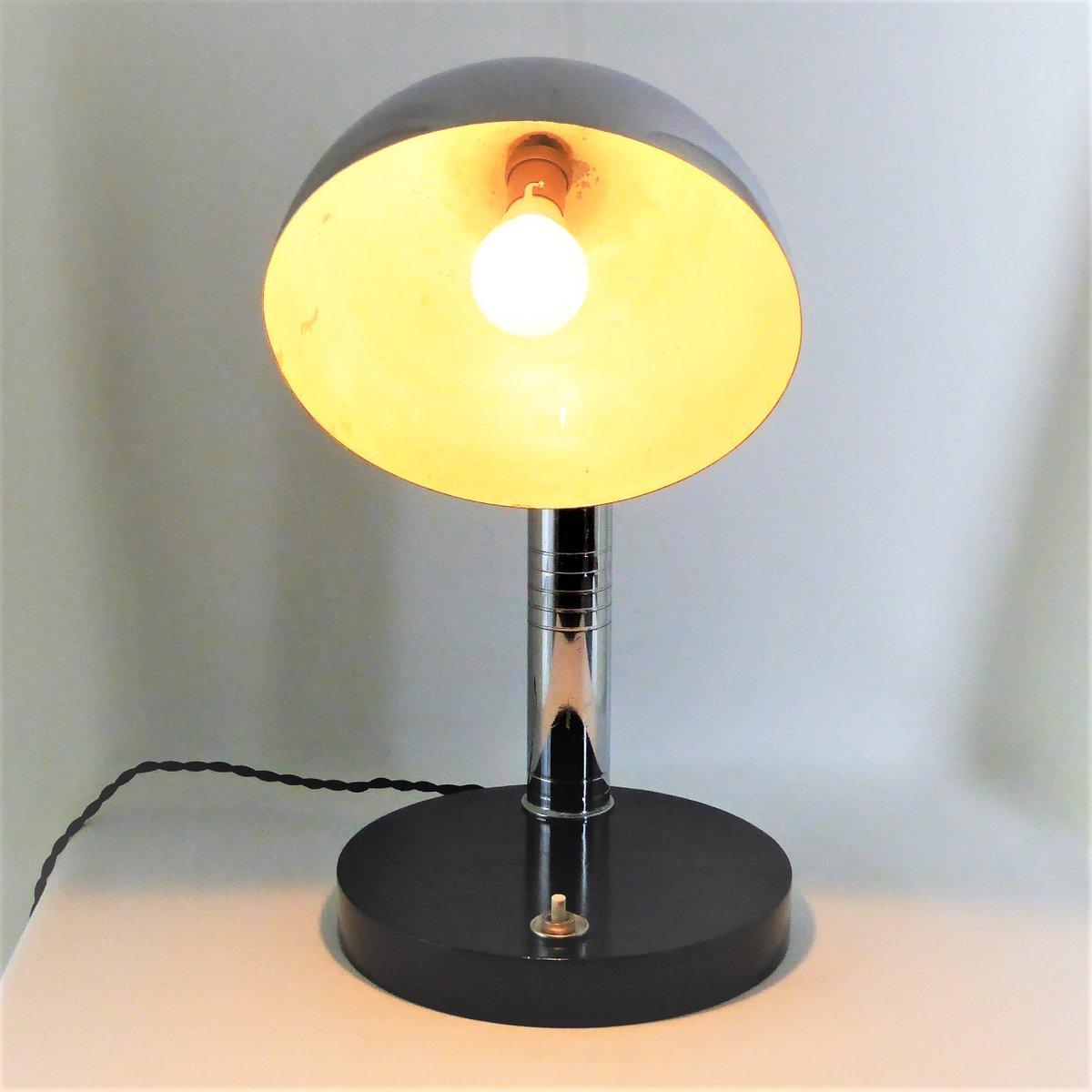 verchromte art deco tischlampe 1930er bei pamono kaufen. Black Bedroom Furniture Sets. Home Design Ideas