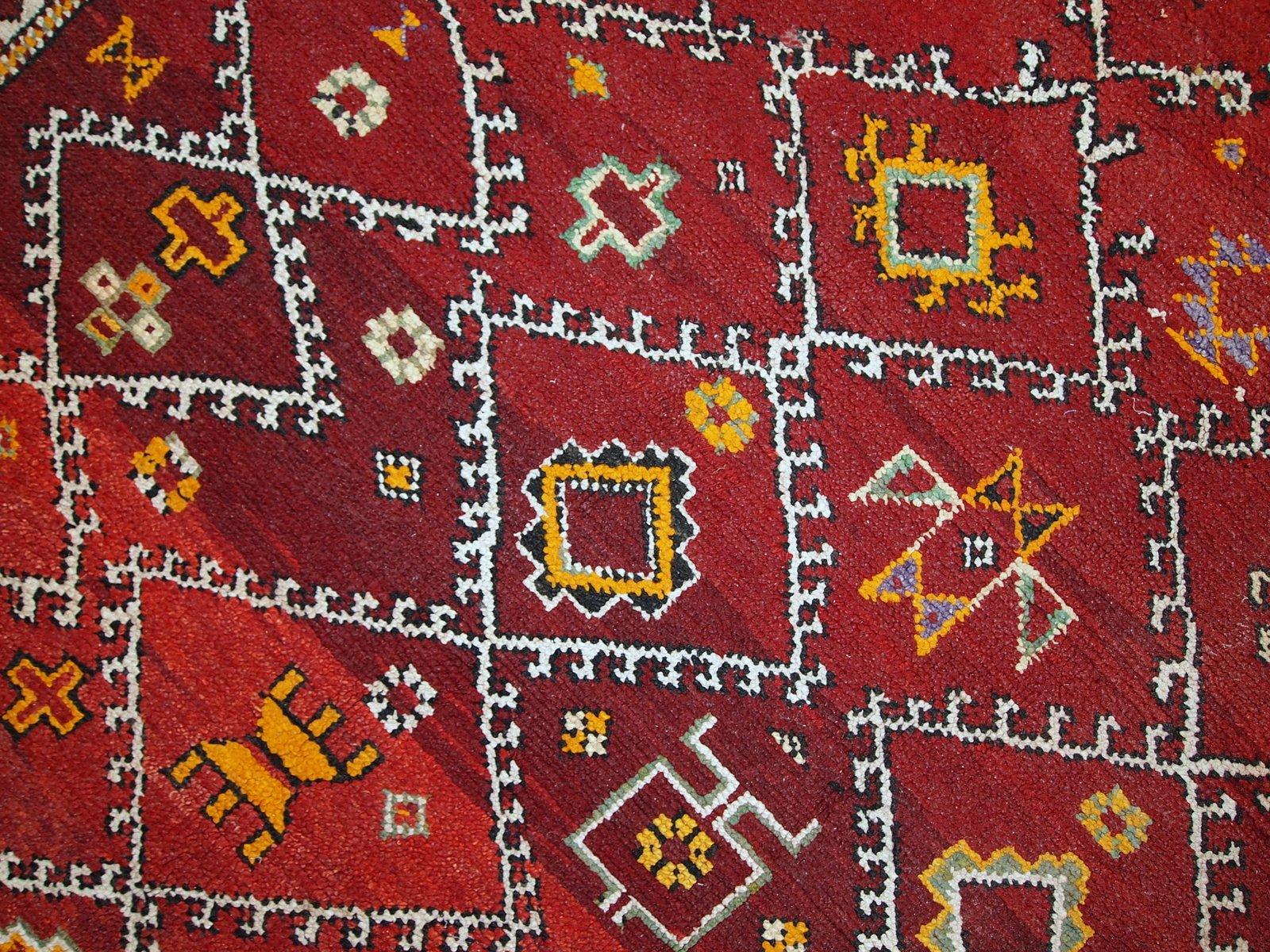 handgemachter antiker marokkanischer berber teppich. Black Bedroom Furniture Sets. Home Design Ideas