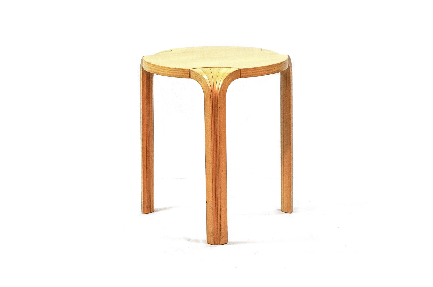 Vintage x600 stool by alvar aalto for artek for sale at pamono for Alvar aalto chaise