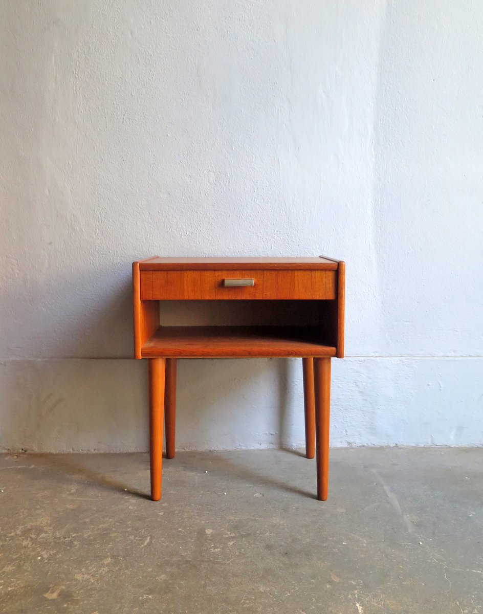 table de chevet vintage avec tiroir danemark en vente sur. Black Bedroom Furniture Sets. Home Design Ideas