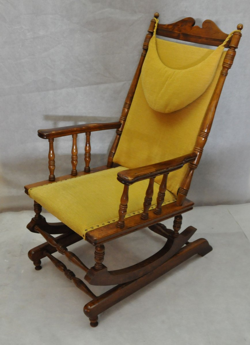 scandinavian vintage wooden rocking chair 1950s for sale at pamono. Black Bedroom Furniture Sets. Home Design Ideas