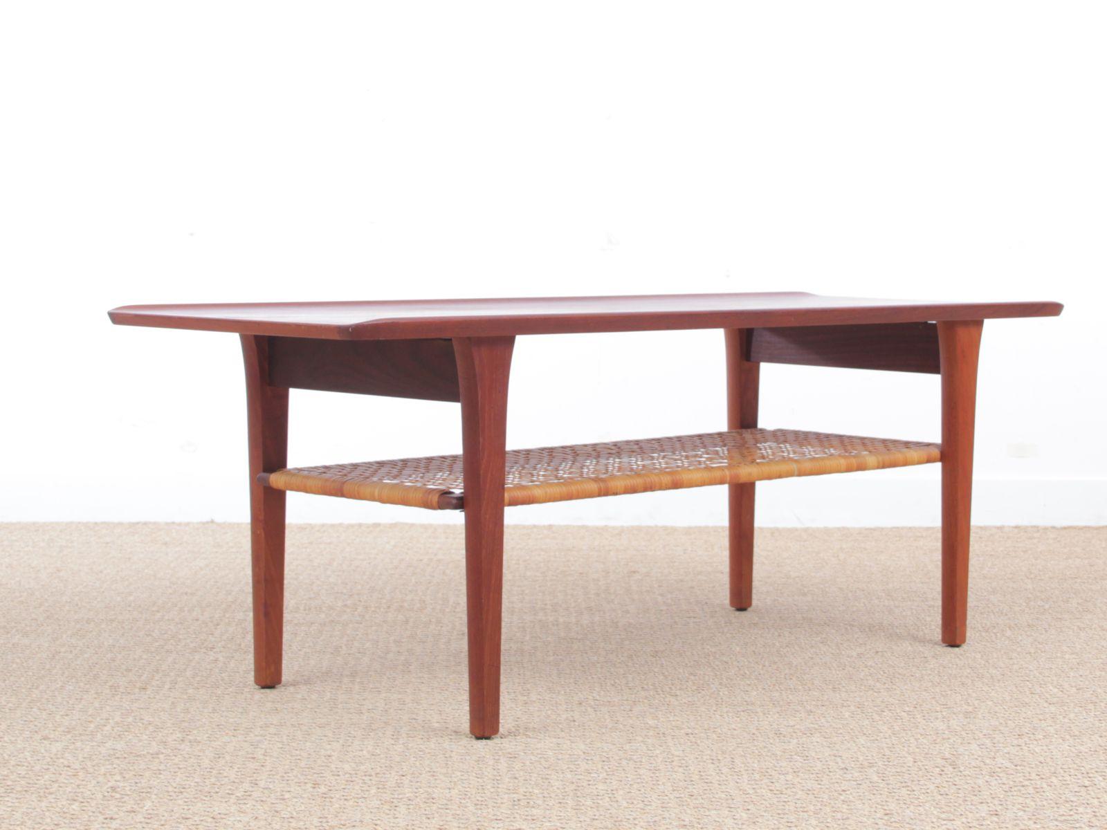 Mid Century Modern Scandinavian Coffee Table in Teak 1960s for