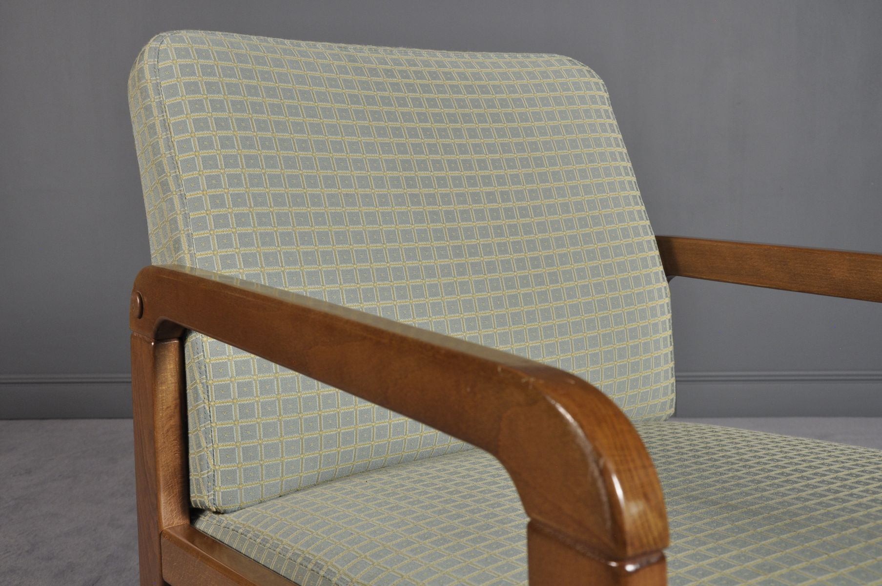 Mid century modern lounge chairs 1970s for sale at pamono for Modern chairs for sale