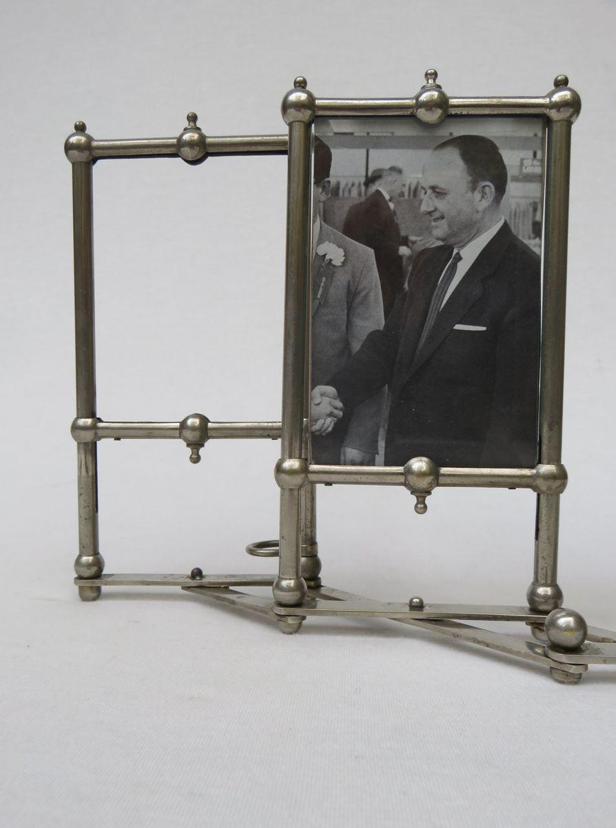 vernickelter jugendstil rahmen f r 5 fotografien bei pamono kaufen. Black Bedroom Furniture Sets. Home Design Ideas