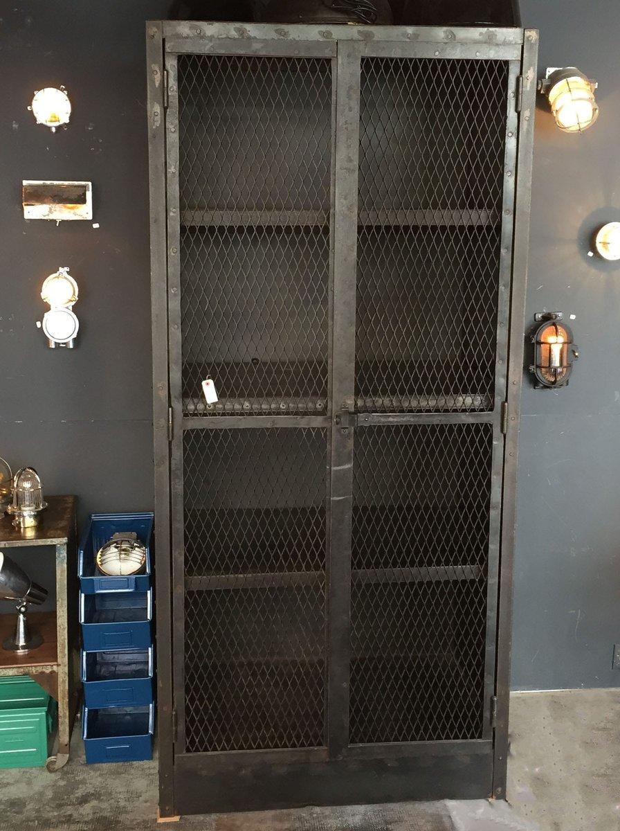 Antiker Gitter-Schrank bei Pamono kaufen