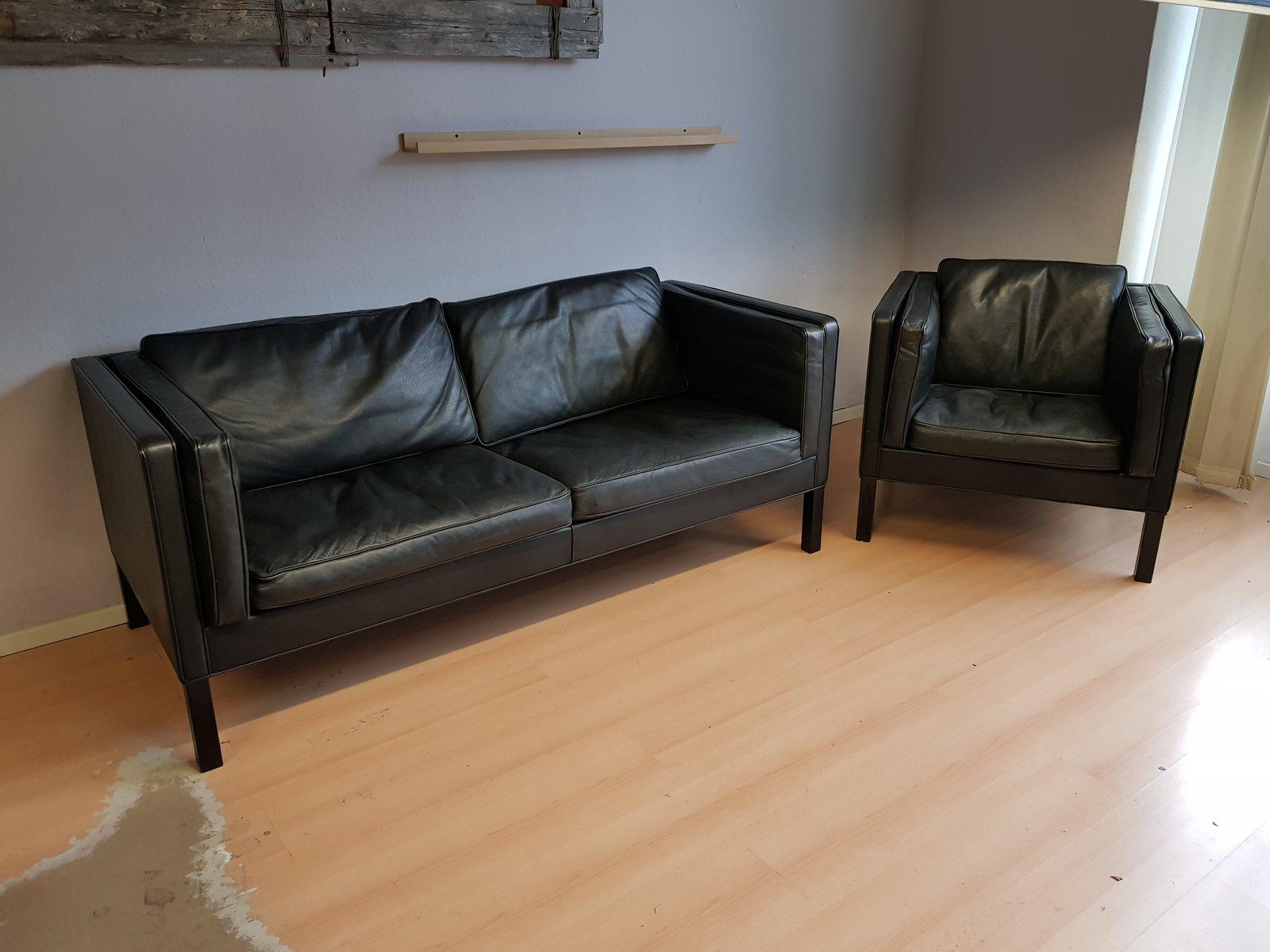 vintage modell 2335 sofa mit sessel von b rge mogensen f r fredericia 2er set bei pamono kaufen. Black Bedroom Furniture Sets. Home Design Ideas
