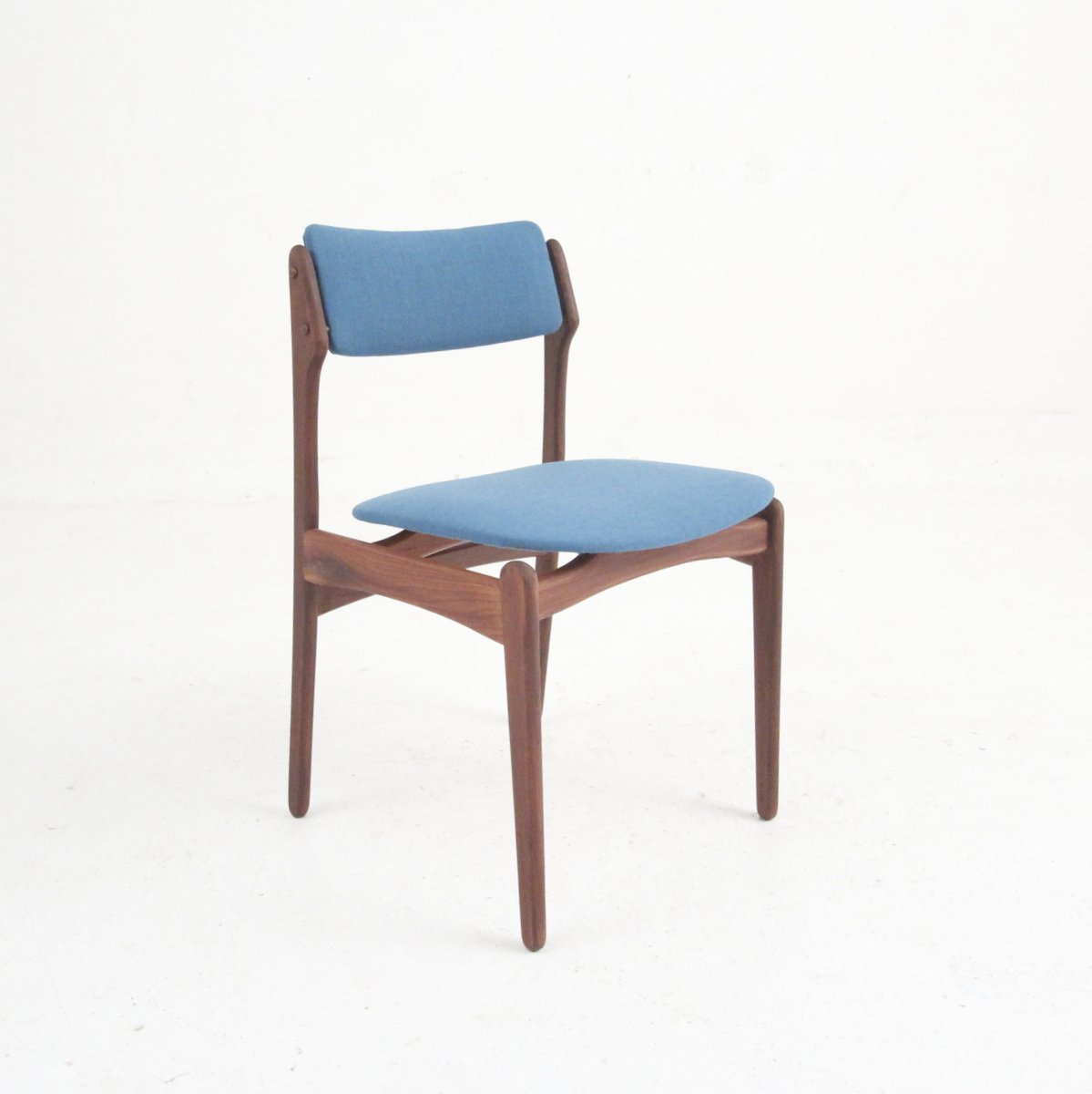 Vintage Danish Modern Dining Chairs In Rosewood Set Of 4
