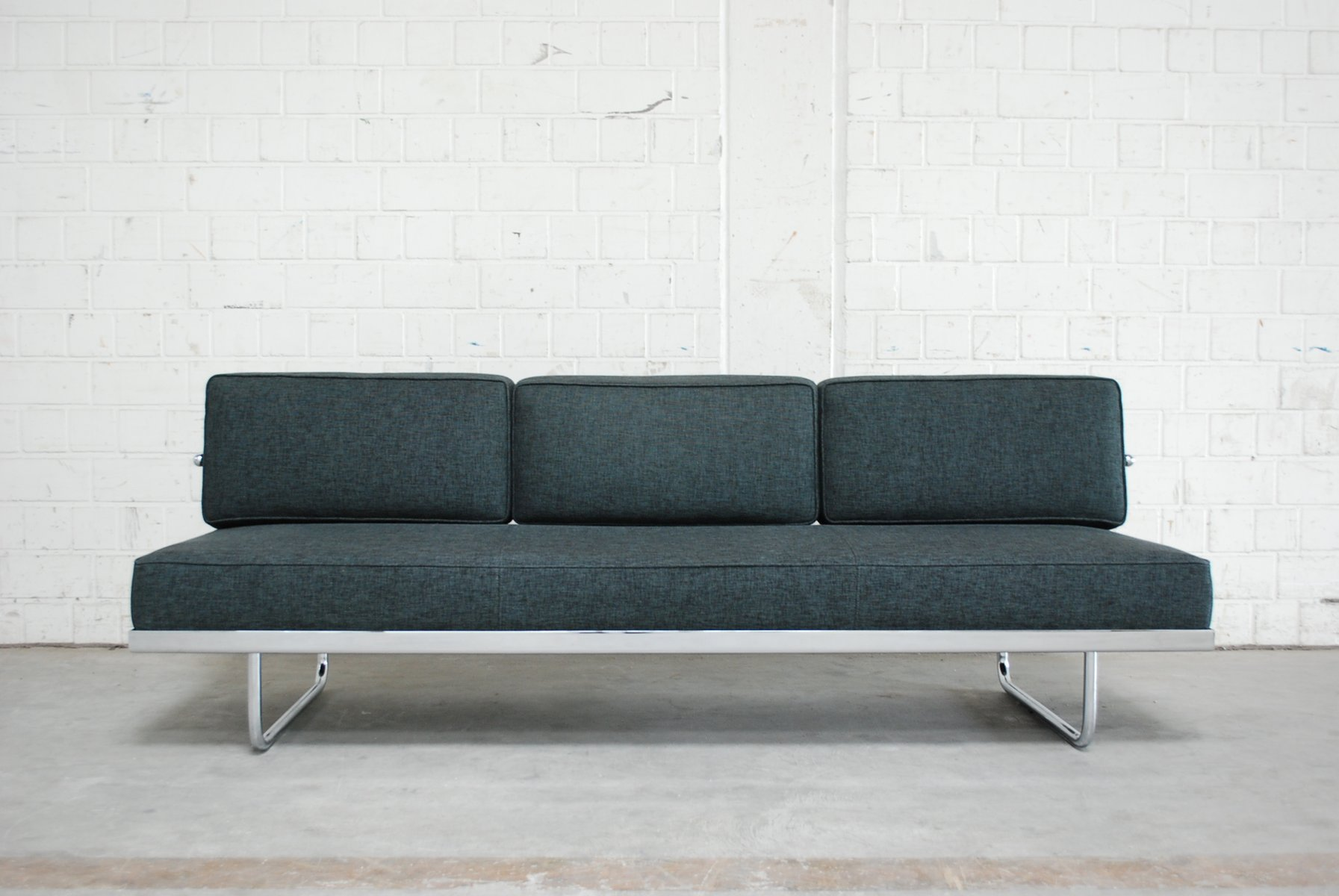 daybed. F Daybed By Le Corbusier For Cassina L