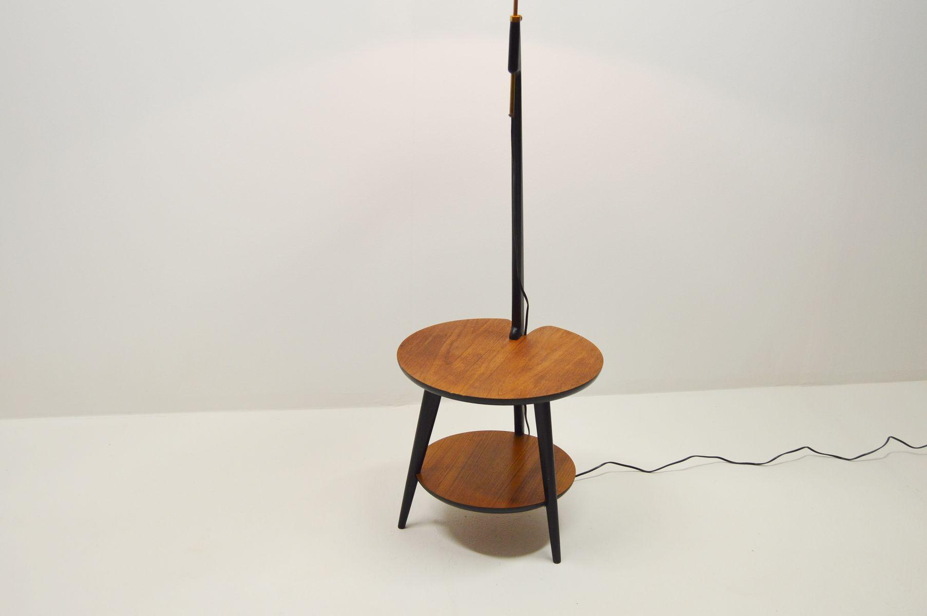 teak stehlampe mit ablage 1960s bei pamono kaufen. Black Bedroom Furniture Sets. Home Design Ideas