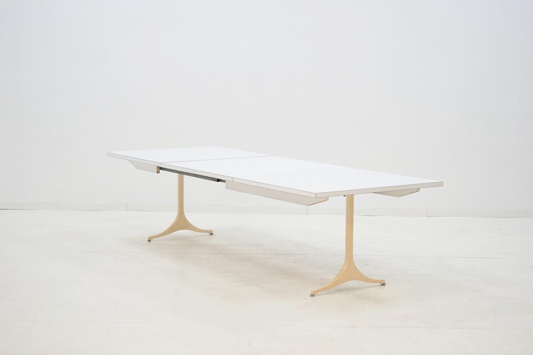 Vintage Extendable Model 5559 Dining Table by George Nelson for