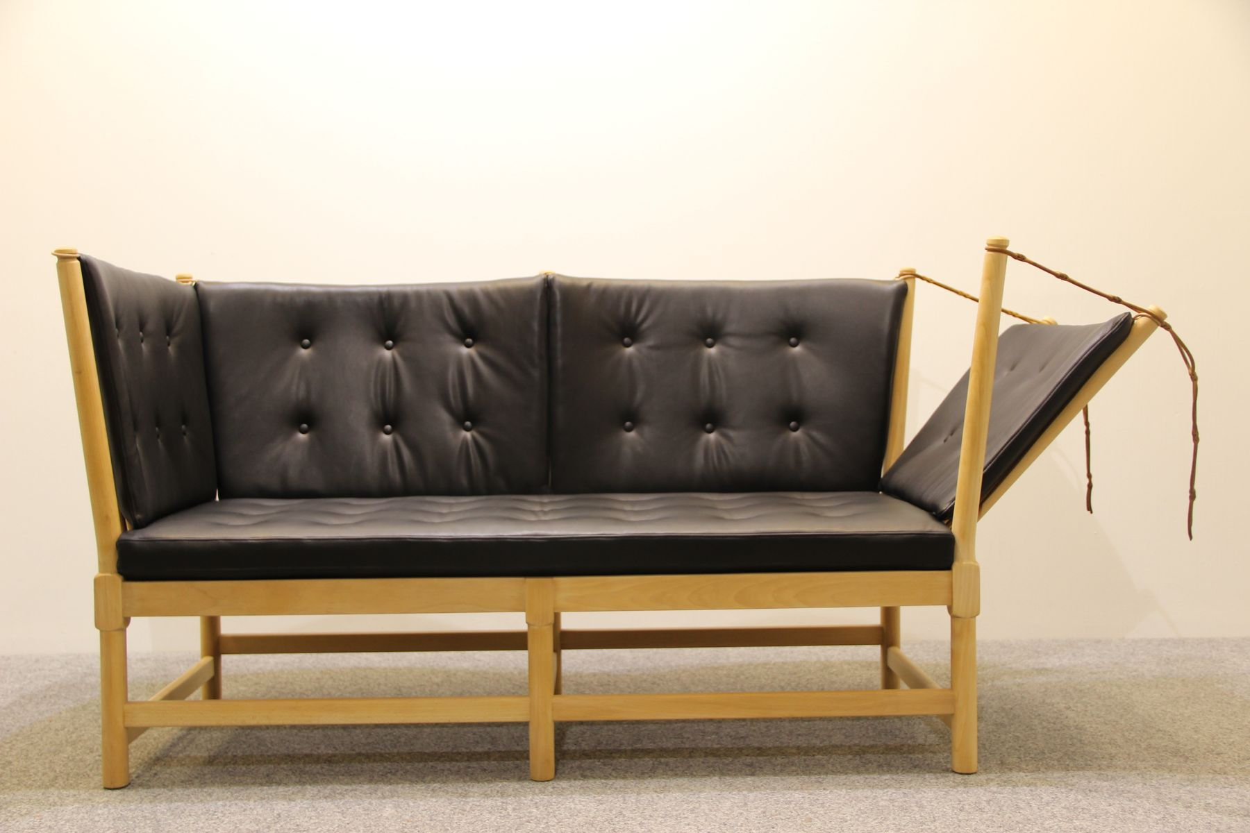 Vintage 1789 Sofa In Beech And Aniline Leather By Borge Mogensen For Fritz Hansen