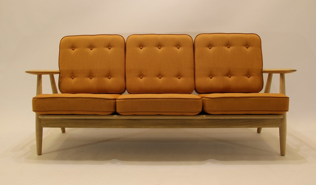 GE240/3 Sofa By Hans J Wegner Sofa For Getama, 1950s For Sale At Pamono