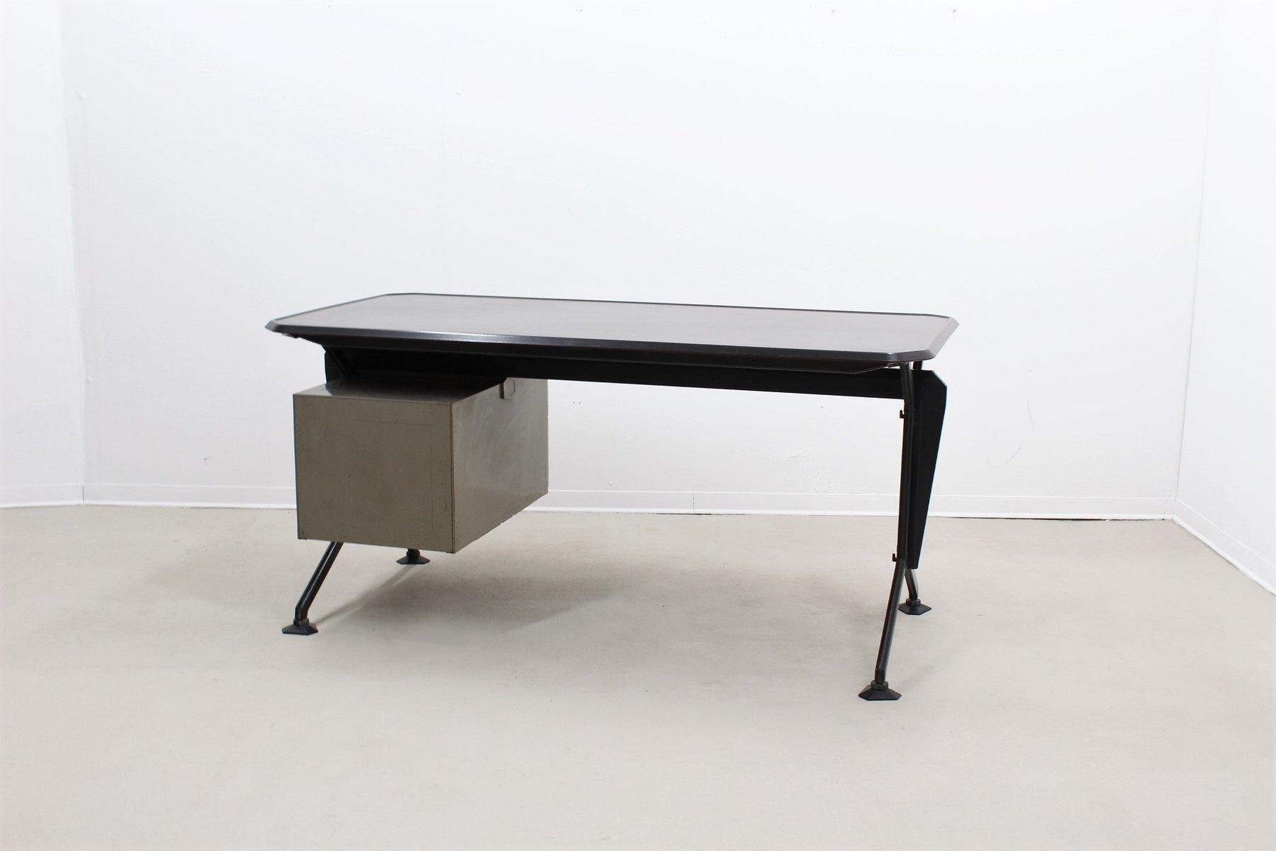 vintage schreibtisch von olivetti synthesis 1970er bei. Black Bedroom Furniture Sets. Home Design Ideas