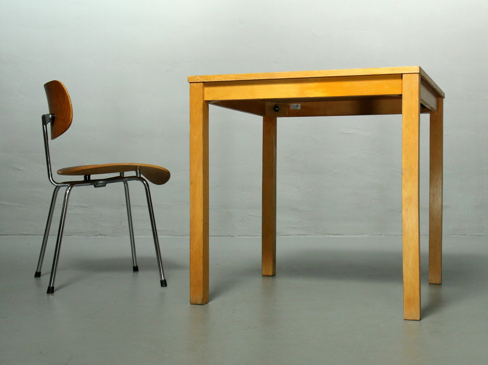 Ferdinand Kramer table with linoleum top by ferdinand kramer 1960s for sale at pamono