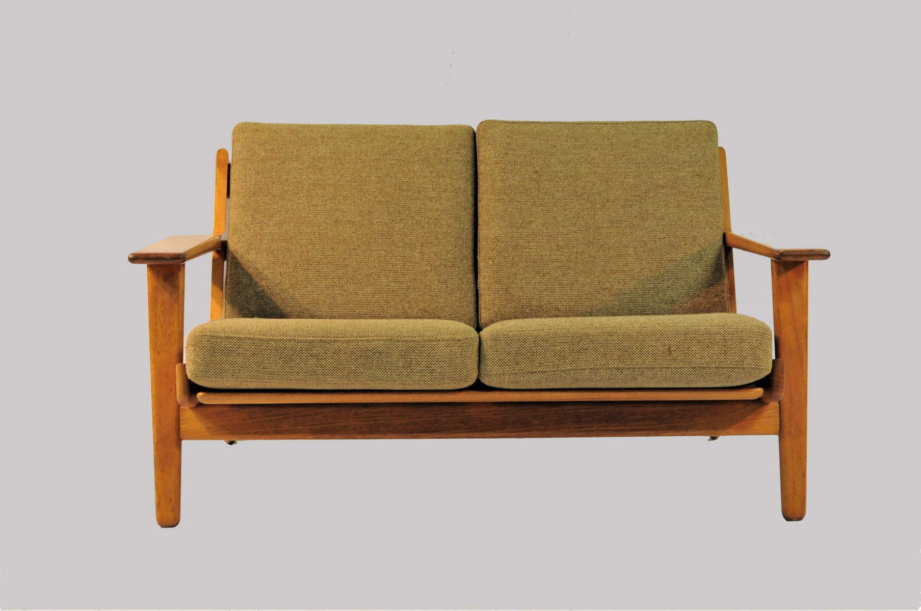 modell ge 290 2 sofa von hans j wegner f r getama 1950er. Black Bedroom Furniture Sets. Home Design Ideas