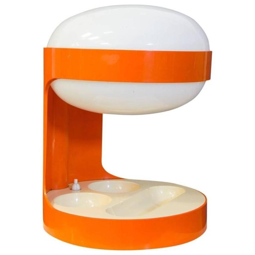 Amazing lampe de bureau kd orange par joe colombo pour kartell s with lampe de bureau kartell for Bureau kartell