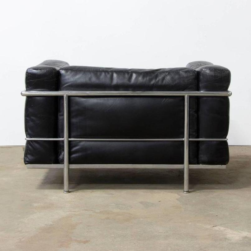 Sedia LC3 in metallo cromato e pelle di Le Corbusier, 1928 in ...