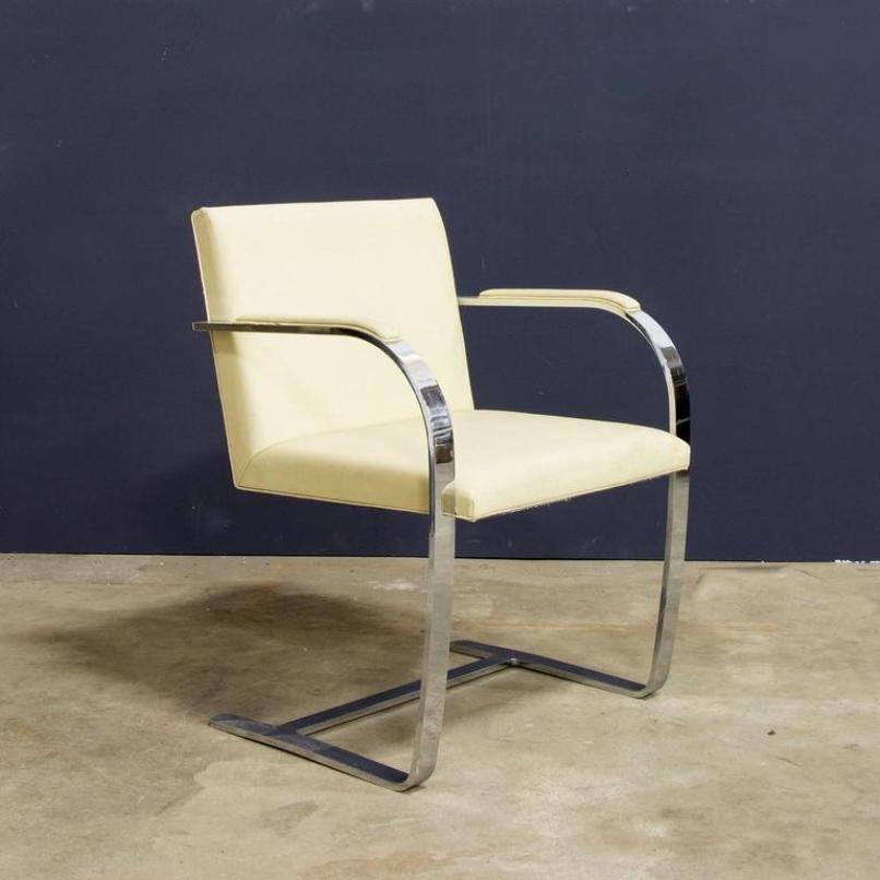 vintage brno st hle mit cremefarbenem leder von ludwig mies van der rohe f r knoll 4er set bei. Black Bedroom Furniture Sets. Home Design Ideas