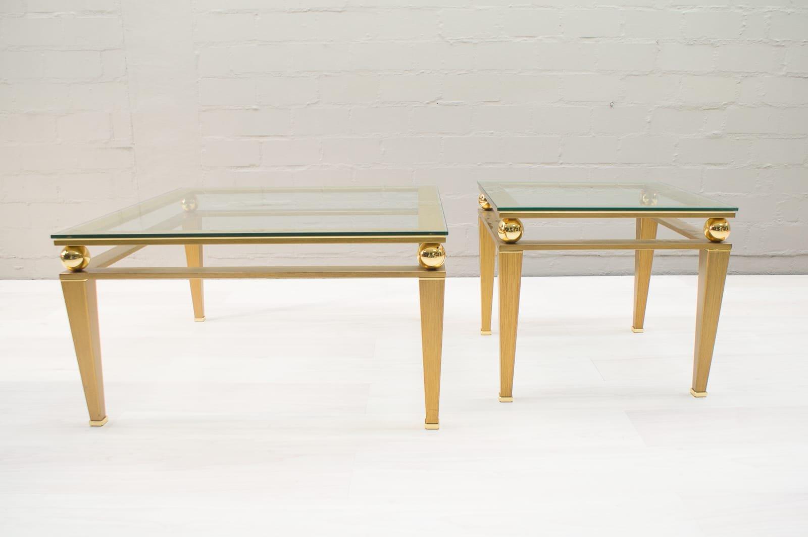 hollywood regency couchtisch aus vergoldetem messing. Black Bedroom Furniture Sets. Home Design Ideas