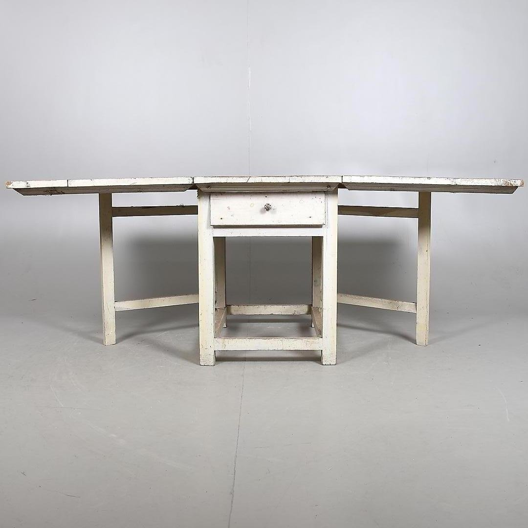 Antique swedish foldable table for sale at pamono for 99 normal table