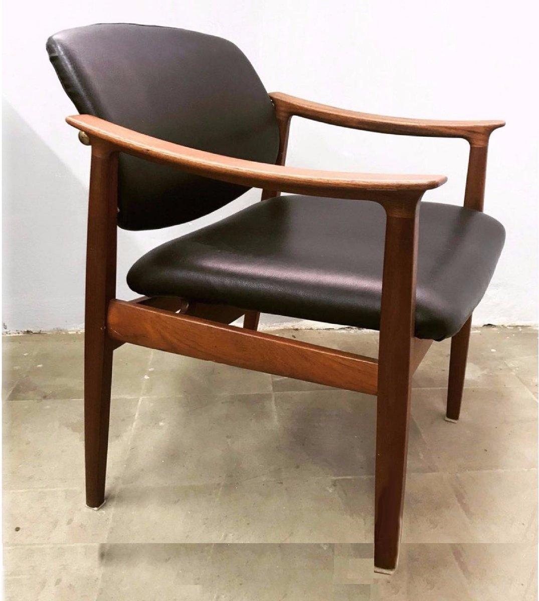 schreibtischstuhl von finn juhl f r france s n 1950er bei pamono kaufen. Black Bedroom Furniture Sets. Home Design Ideas