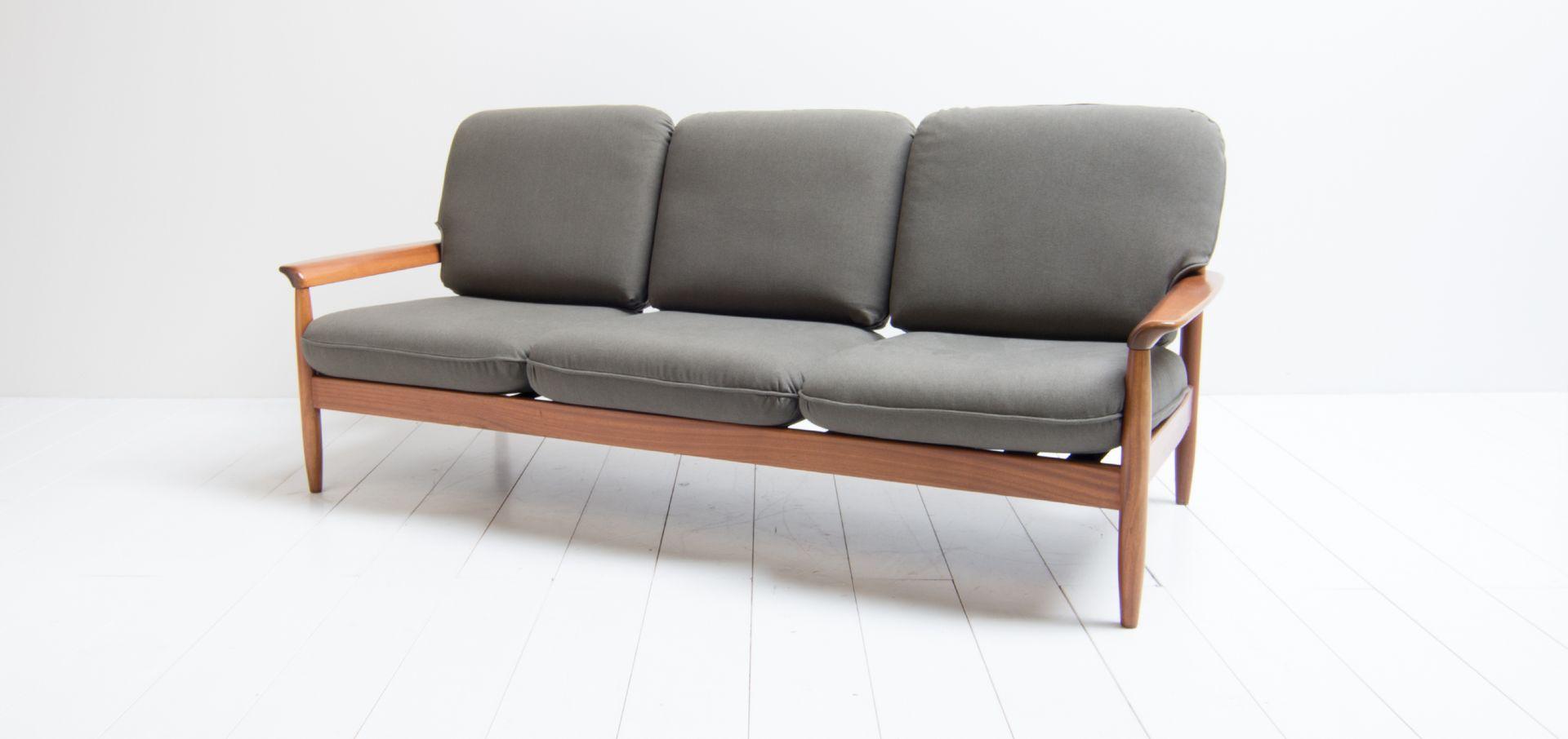 Mid century drei sitzer sofa 1960er bei pamono kaufen for Sofa 4 sitzer