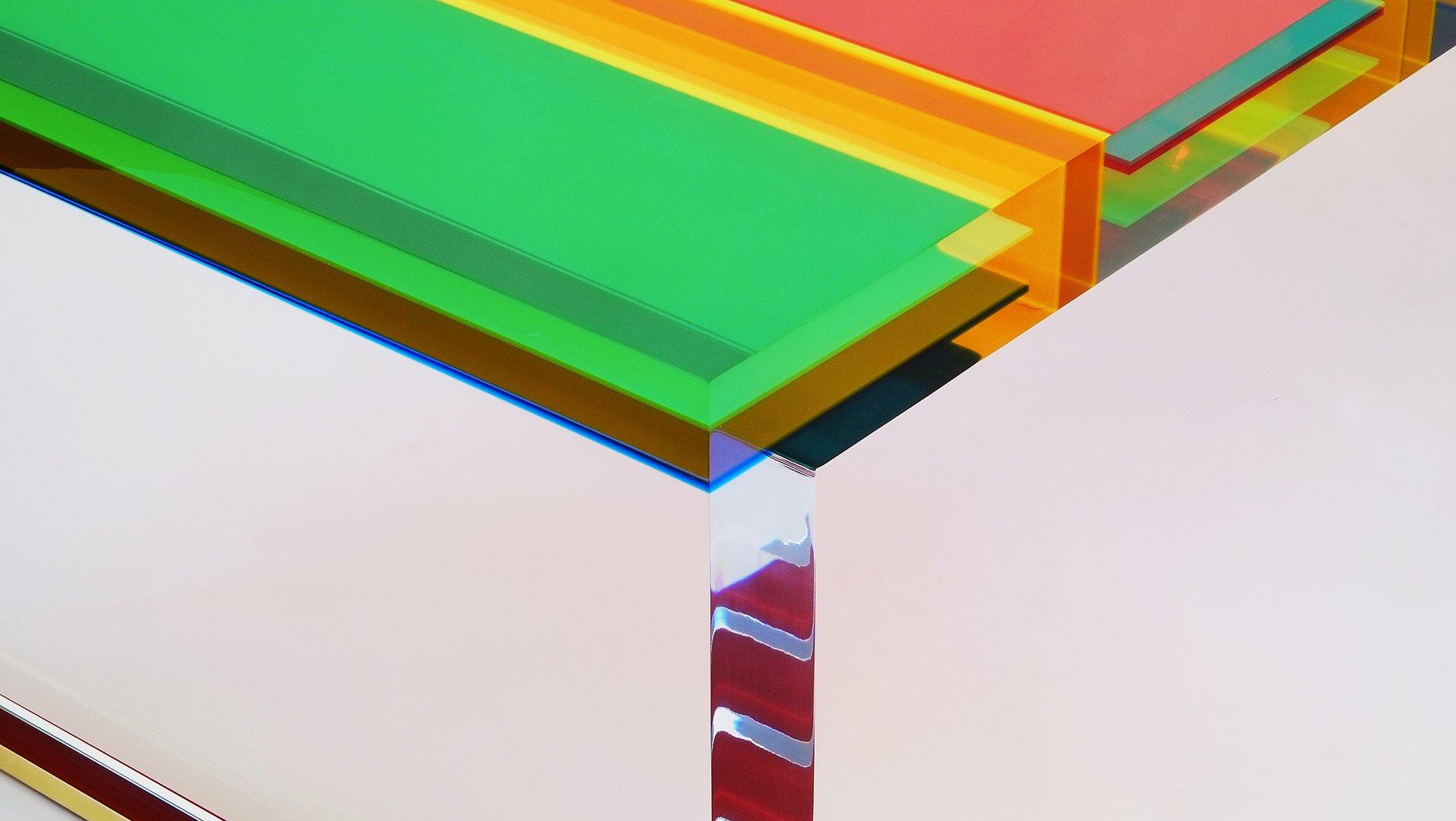 table basse dna en plexiglas par studio superego en vente sur pamono. Black Bedroom Furniture Sets. Home Design Ideas