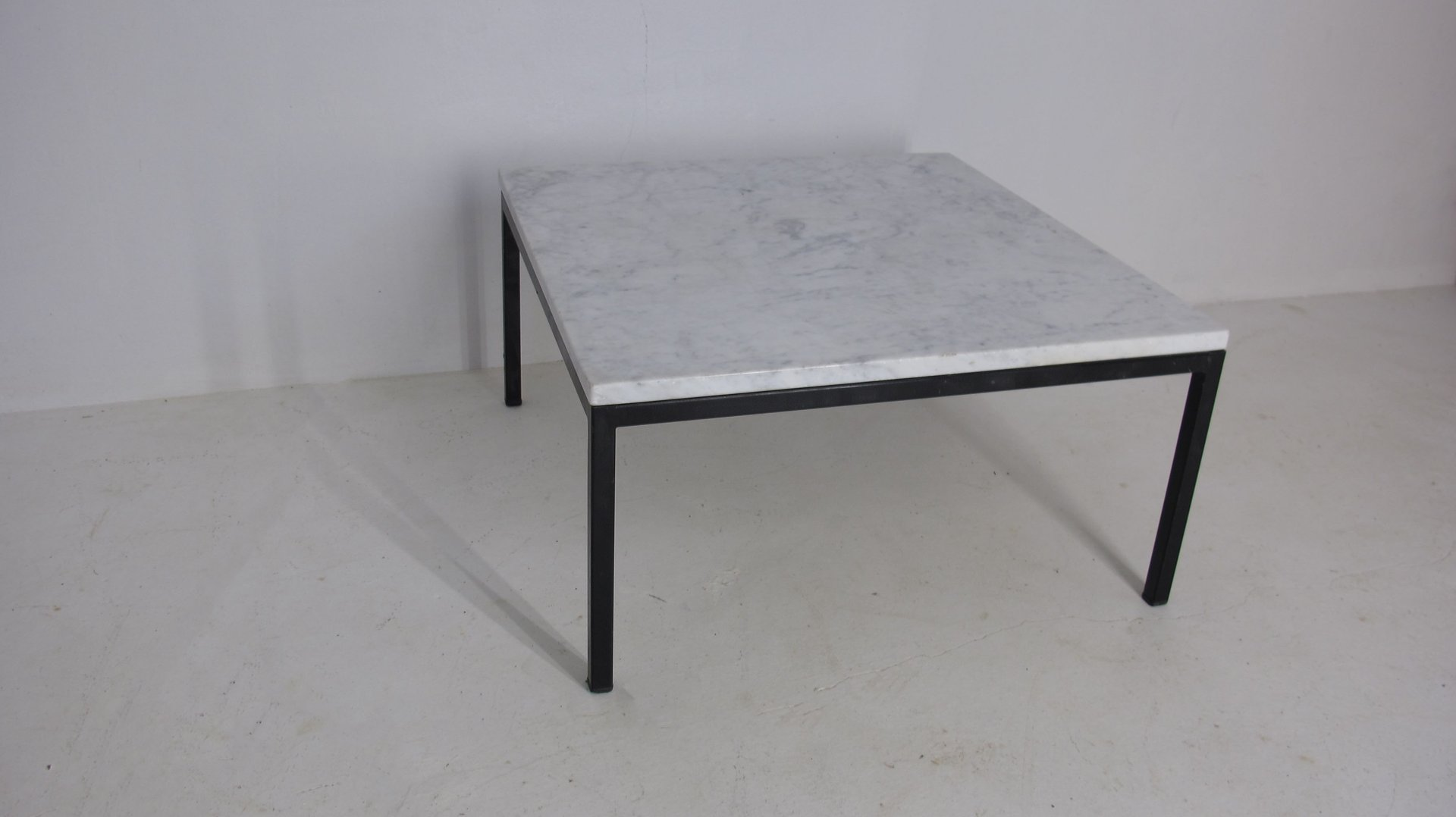 French marble coffee table 1950s for sale at pamono for 99 normal table
