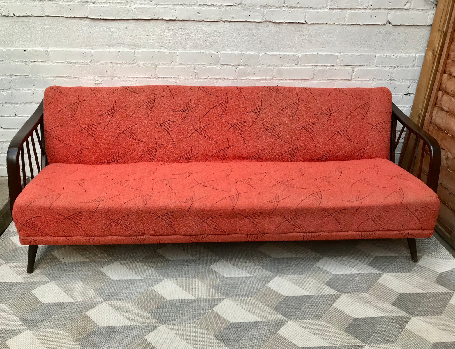 Divano letto vintage rosso germania 1958 in vendita su - Divano letto vintage ...