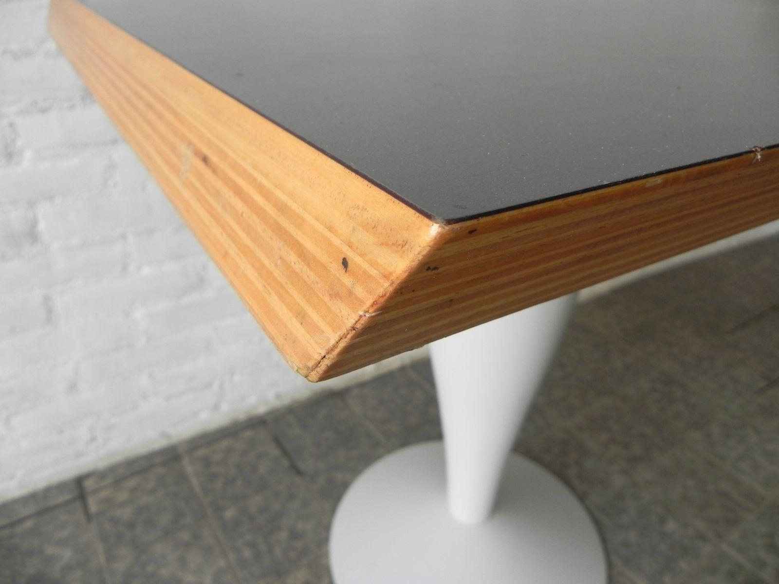 miss balu tisch von philippe starck f r kartell 1990er. Black Bedroom Furniture Sets. Home Design Ideas