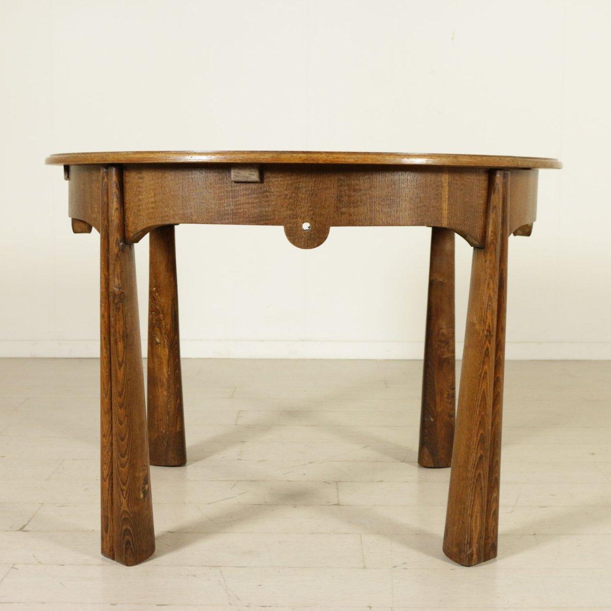 italienischer runder vintage tisch aus eichenholz furnier 1950er bei pamono kaufen. Black Bedroom Furniture Sets. Home Design Ideas