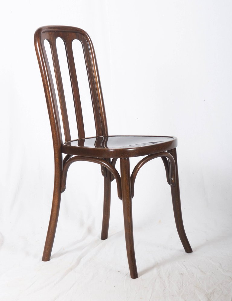 Antique Dining Chair by Josef Hoffmann for Thonet, 1910s - Antique Dining Chair By Josef Hoffmann For Thonet, 1910s For Sale At