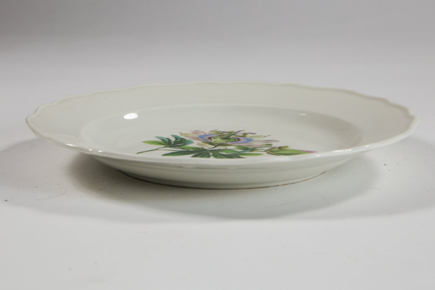 Meissen Plate With Passion Flower By H Dietze 1920s For