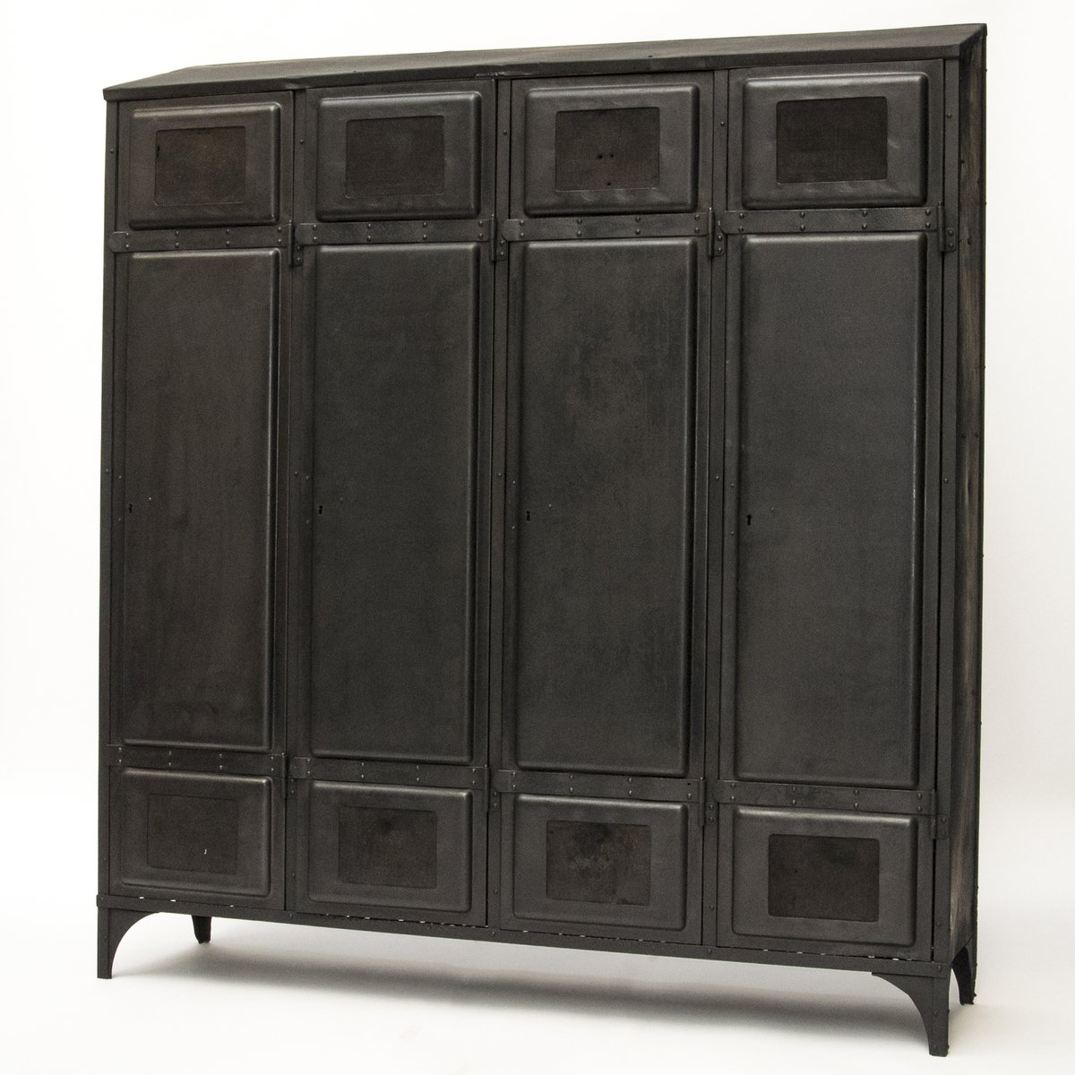 vintage cabinet for sale at pamono. Black Bedroom Furniture Sets. Home Design Ideas