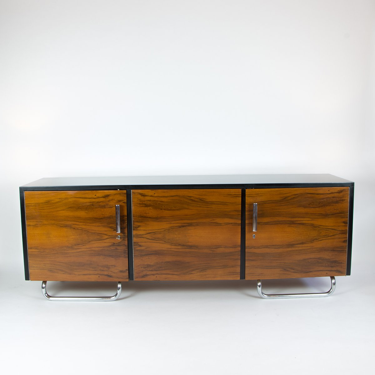 vintage bauhaus sideboard bei pamono kaufen. Black Bedroom Furniture Sets. Home Design Ideas