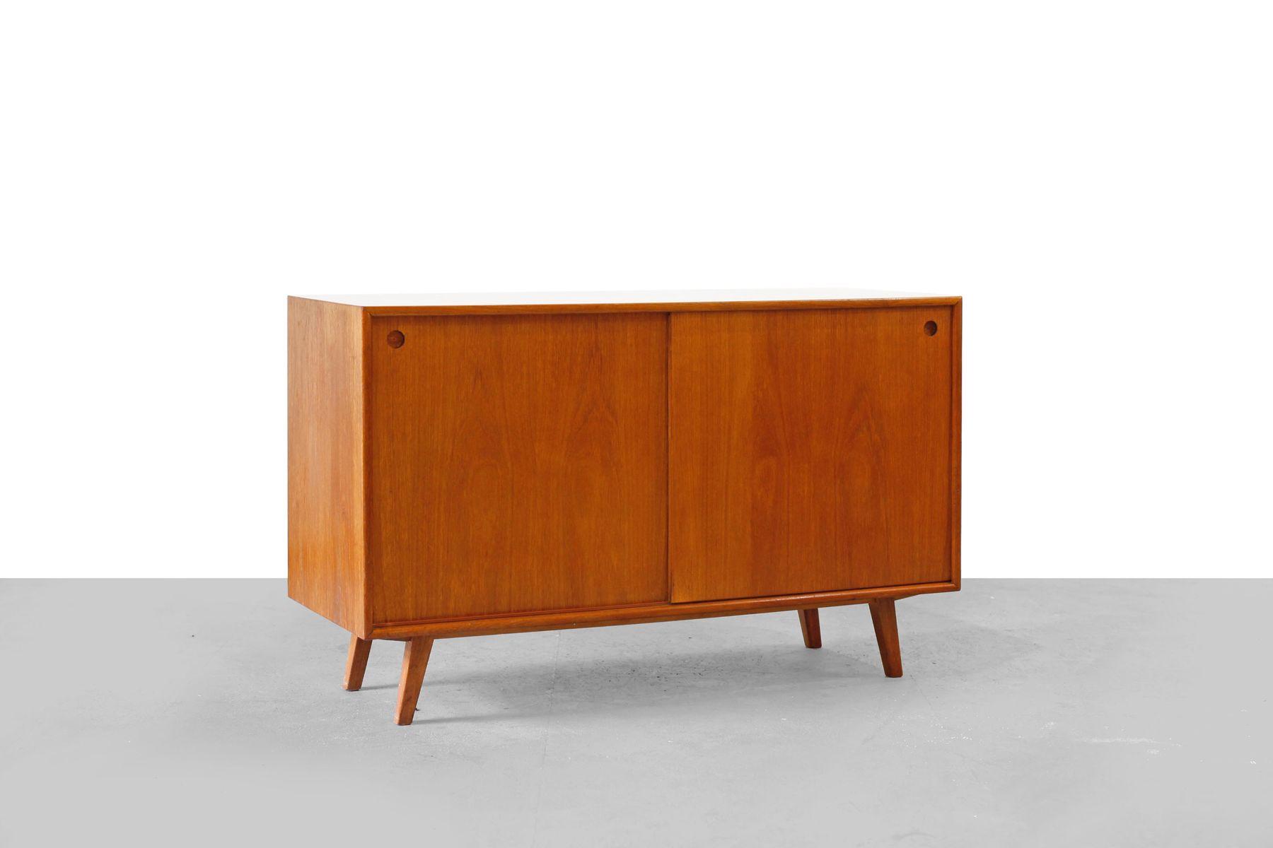 kleines mid century sideboard 1950er bei pamono kaufen. Black Bedroom Furniture Sets. Home Design Ideas
