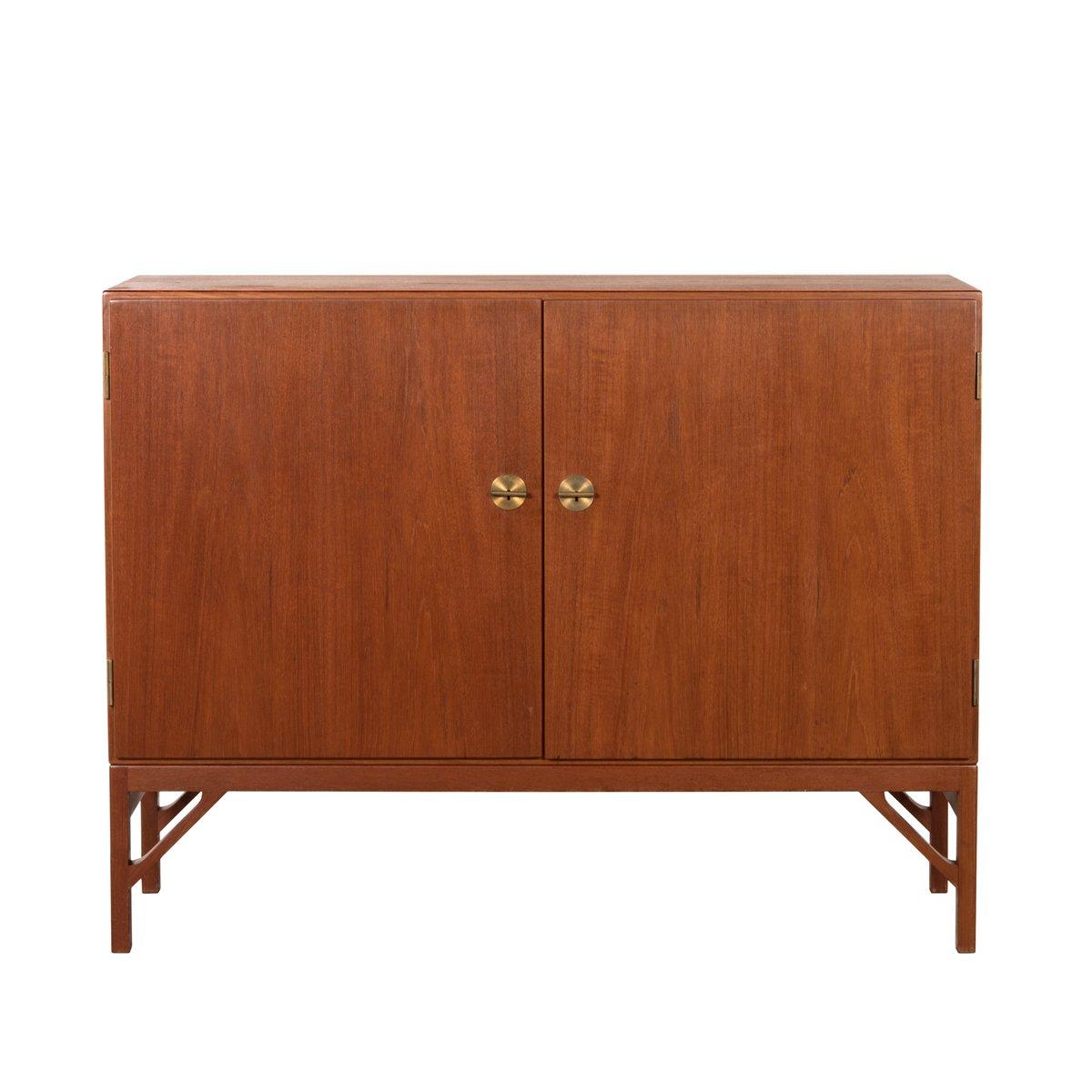 Vintage teak m232 cabinet by b rge mogensen for fdb for for Sideboard 3 meter lang