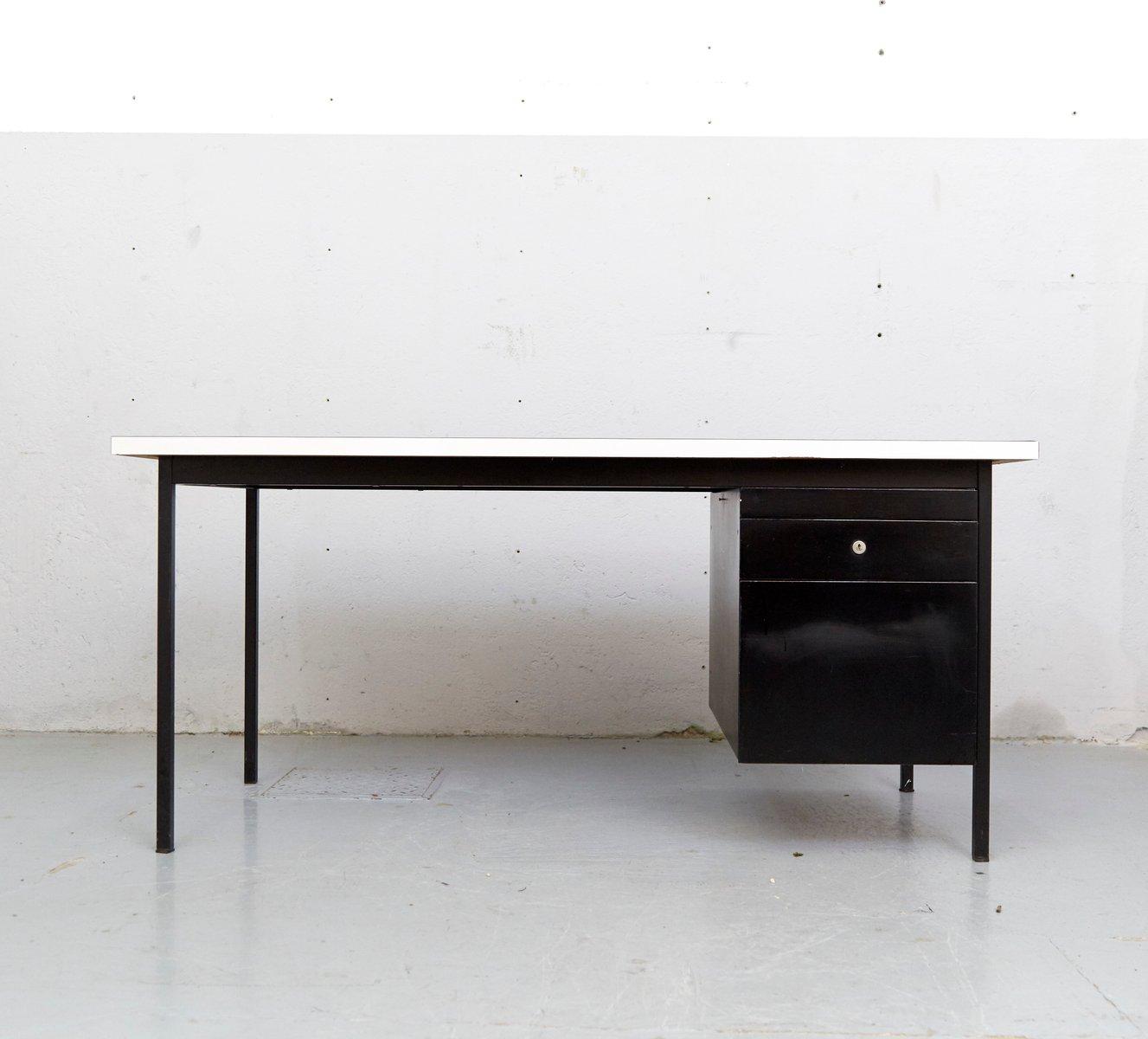 Mid century schreibtisch von florence knoll bassett f r for Schreibtisch 2 50 meter