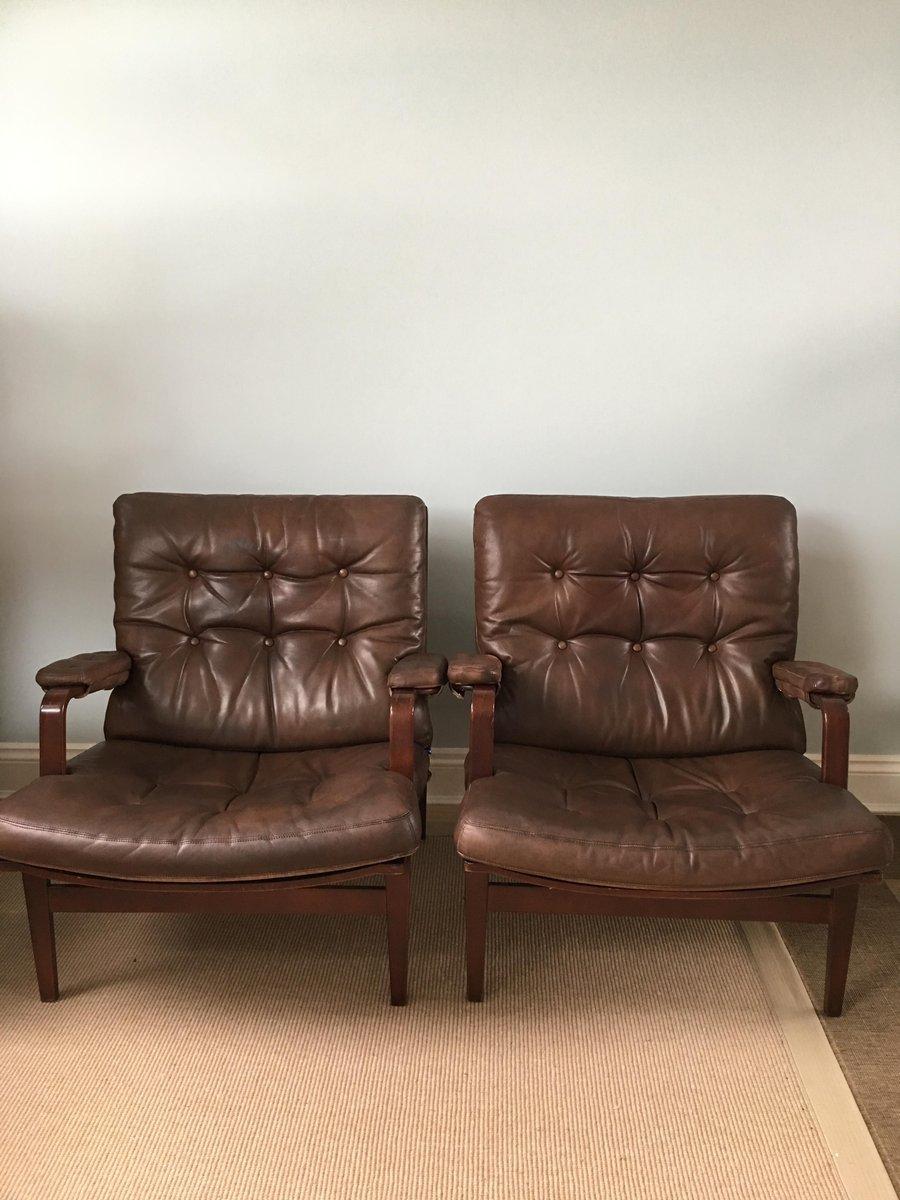 ingrid sessel aus leder gebeiztem holz von bruno mathsson f r dux 1970er 2er set bei pamono. Black Bedroom Furniture Sets. Home Design Ideas
