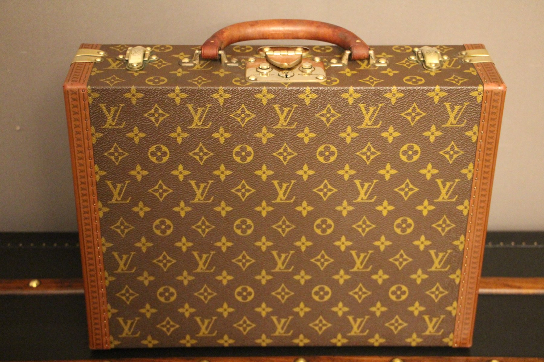 vintage small monogram suitcase or briefcase from louis vuitton for sale at pamono. Black Bedroom Furniture Sets. Home Design Ideas