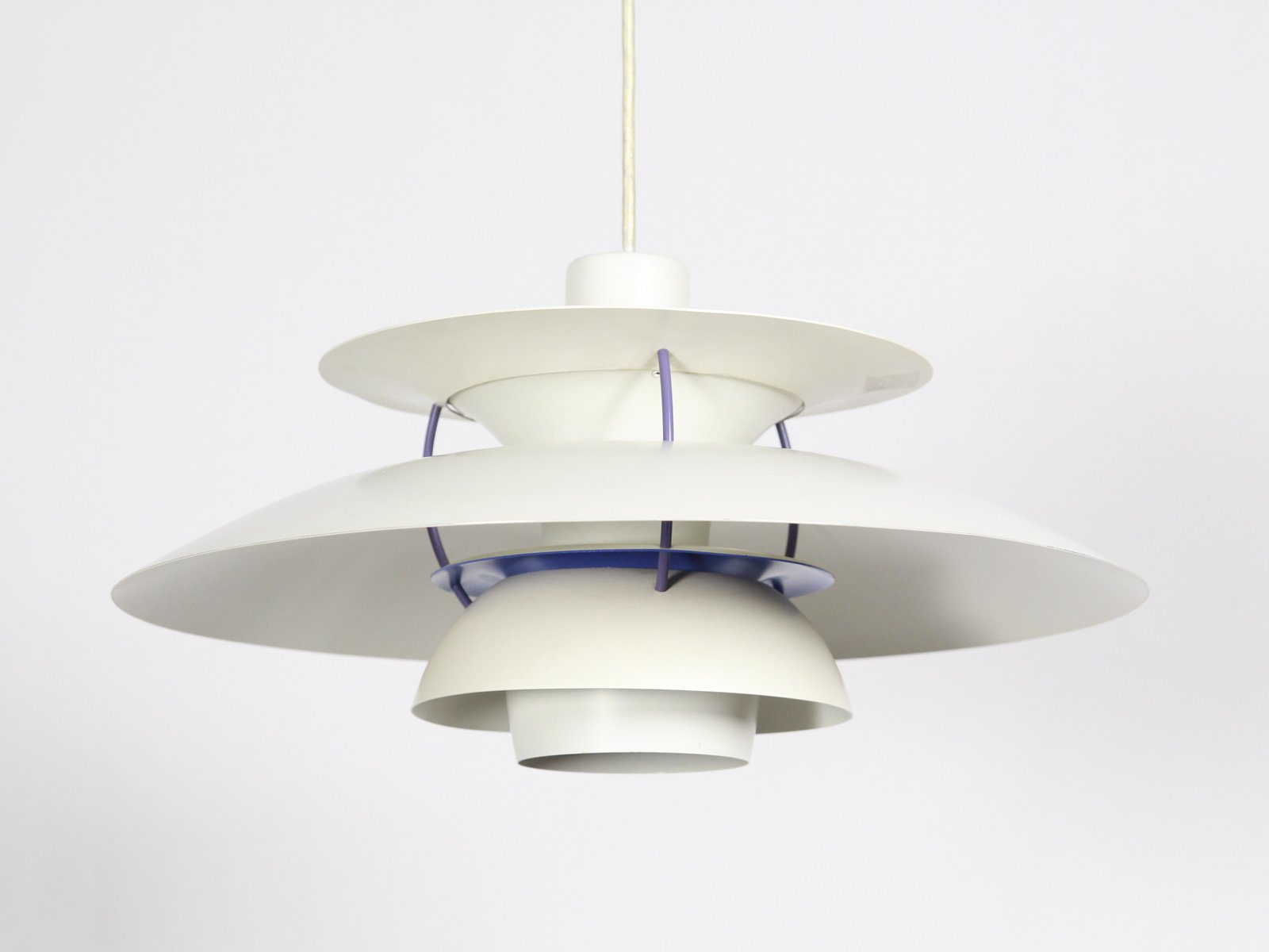 Mid century ph5 pendant lamp by poul henningsen for louis poulsen en mid century ph5 pendant lamp by poul henningsen for louis poulsen en venta en pamono aloadofball Choice Image