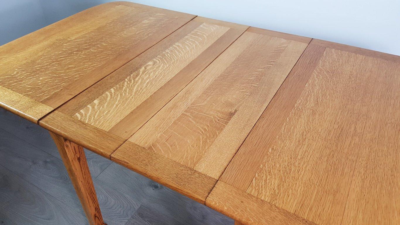 Ausziehbarer jugendstil eichenholz esstisch 1920er bei for Eichenholz esstisch