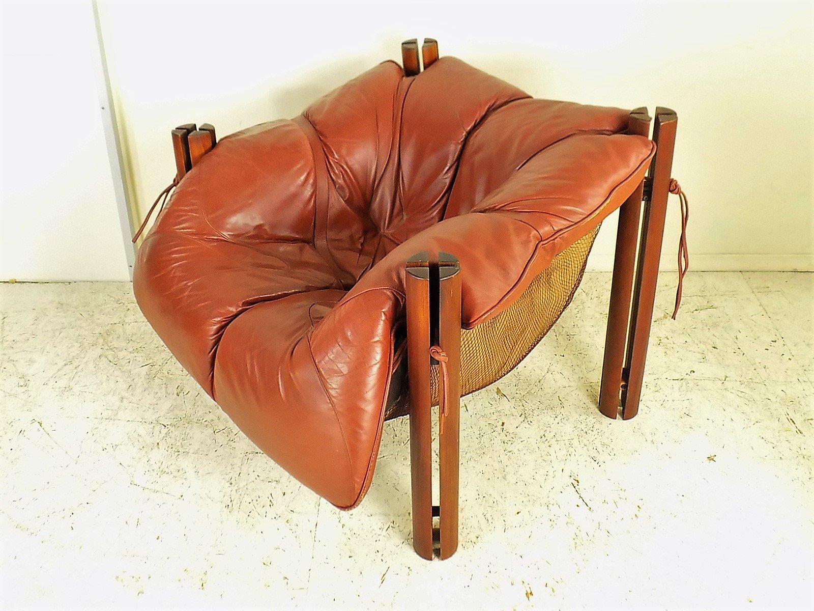 mp 211 sessel aus holz und leder von percival lafer 1970er bei pamono kaufen. Black Bedroom Furniture Sets. Home Design Ideas