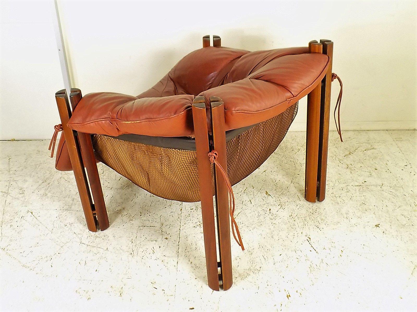 mp 211 sessel aus holz und leder von percival lafer. Black Bedroom Furniture Sets. Home Design Ideas