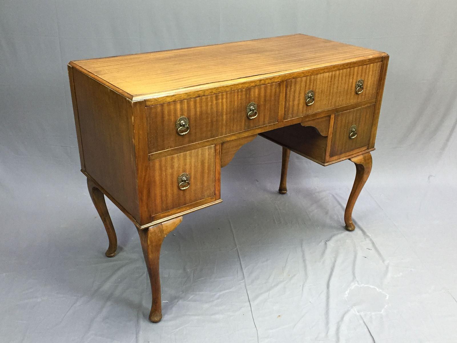 mahagoni schreibtisch 1930er bei pamono kaufen. Black Bedroom Furniture Sets. Home Design Ideas
