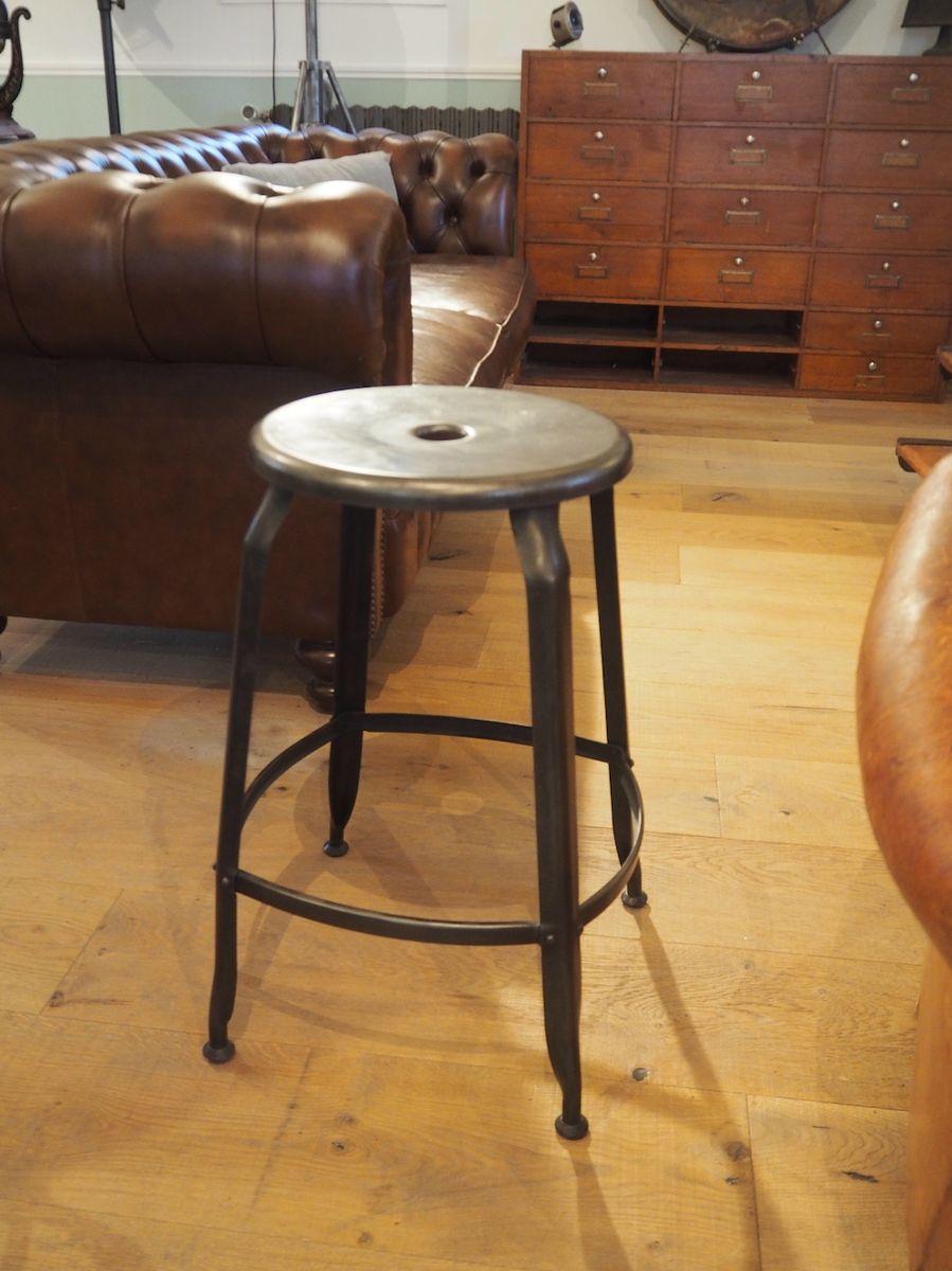 Werkstatt Hocker hoher vintage werkstatt hocker nicolle chaises bei pamono kaufen
