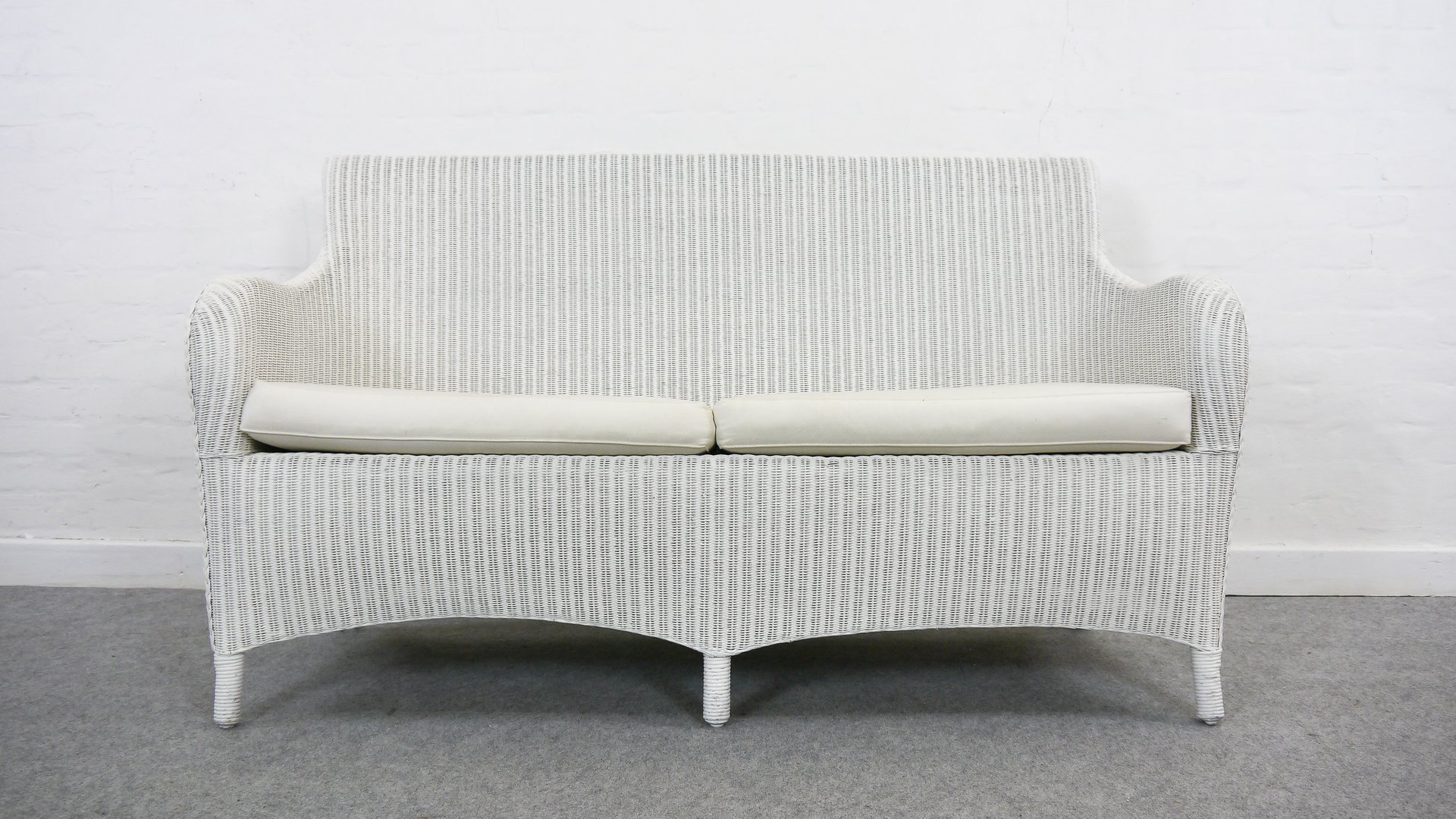 Vintage Lloyd Loom Rattan White Bench From Welle For