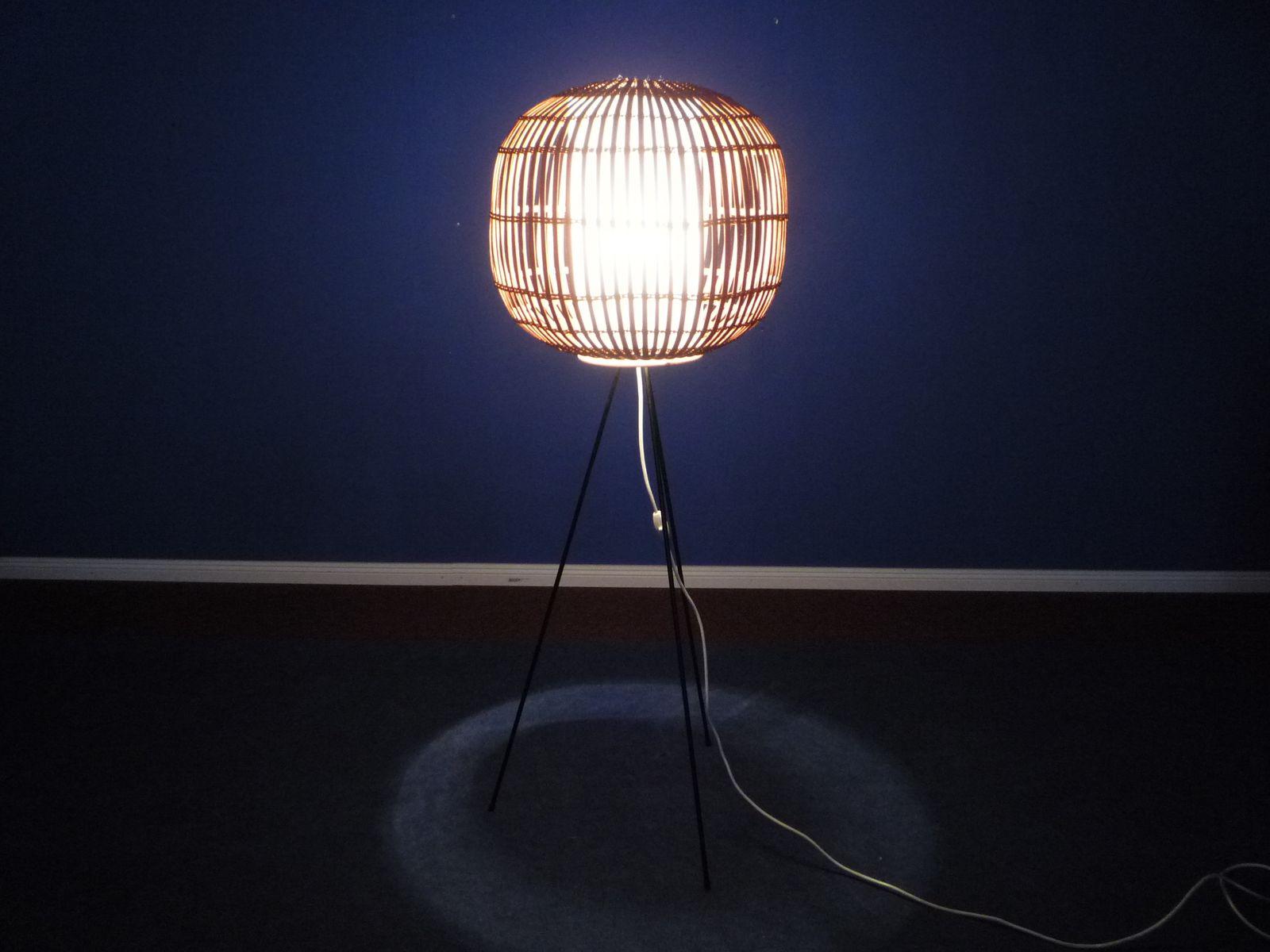 dreibeinige deutsche stehleuchte 1960er bei pamono kaufen. Black Bedroom Furniture Sets. Home Design Ideas