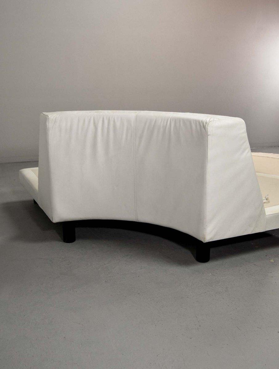 zusammensetzbares rundes italienisches ledersofa in wei 1970er bei pamono kaufen. Black Bedroom Furniture Sets. Home Design Ideas