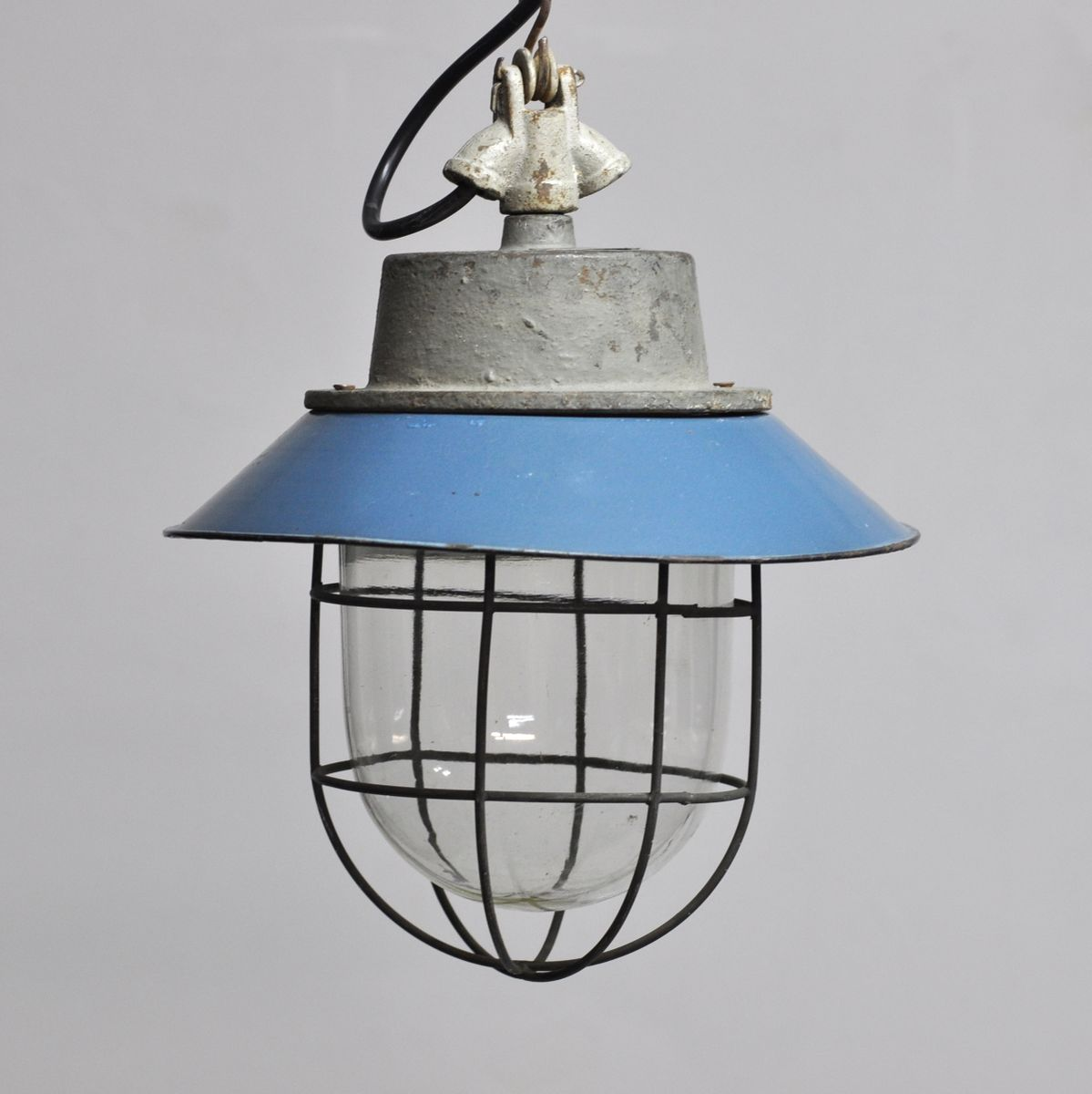 Lampe suspension d 39 usine industrielle c 11 1960s en vente sur pamono - Lampe suspension industrielle ...